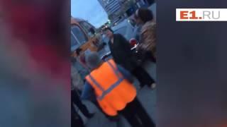 Возле Тихвина столкнулись трамвай и Роллс Ройс