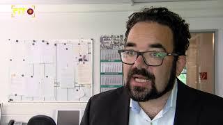 Der Grüne Bundestagsabgeordnete Chris Kühn besucht die RTF.1-Redaktion