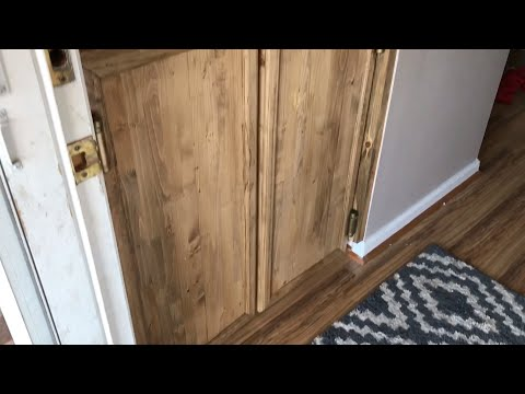 How to make Saloon Doors for the steps