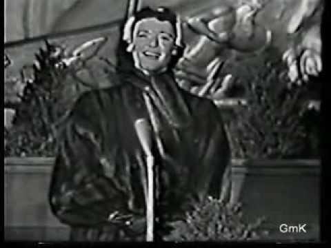 Gisele MacKenzie - O Holy Night - live television 1953