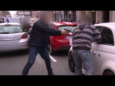 Los agentes persiguen a un narcotraficante en Barcelona – Policías en Acción