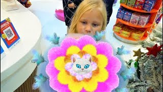 Алиса показала КАК СДЕЛАТЬ Сладкую ВАТУ в виде Цветка