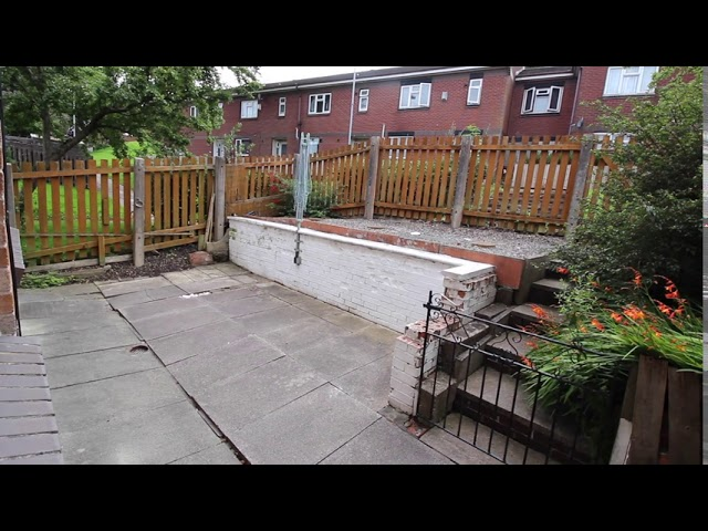 Oldham OL1 Excellent Quality Accommodation. Main Photo