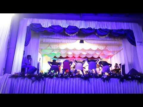 😎Garden valley arts dans plus 2 boys 2k17😎 dance ennokke paranna ithaan😘onn kand nokk😎