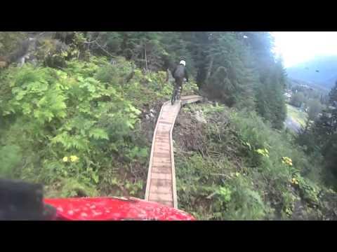 DH mountain biking in Alyeska