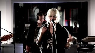 "The Sounds perform ""It's So Easy + Dance With The Devil"" at Red Bull Studio Sessions"