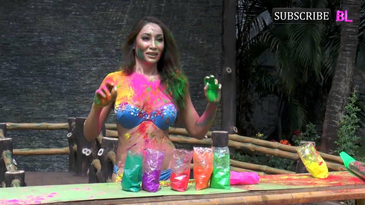 Download Sofia Hayat Hot Photohsoot for Holi   Part 2