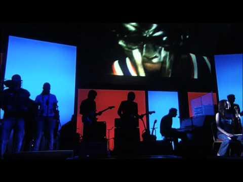 Gorillaz - November Has Come (Demon Days Live)
