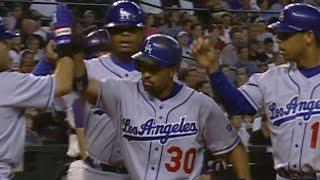 Dave Roberts hits a three-run homer