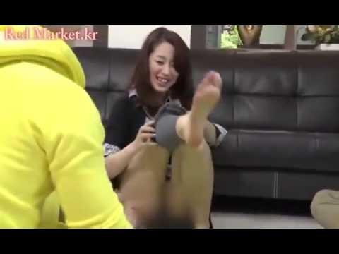 Hàn Quốc - Trò chơi bài cởi quần áo