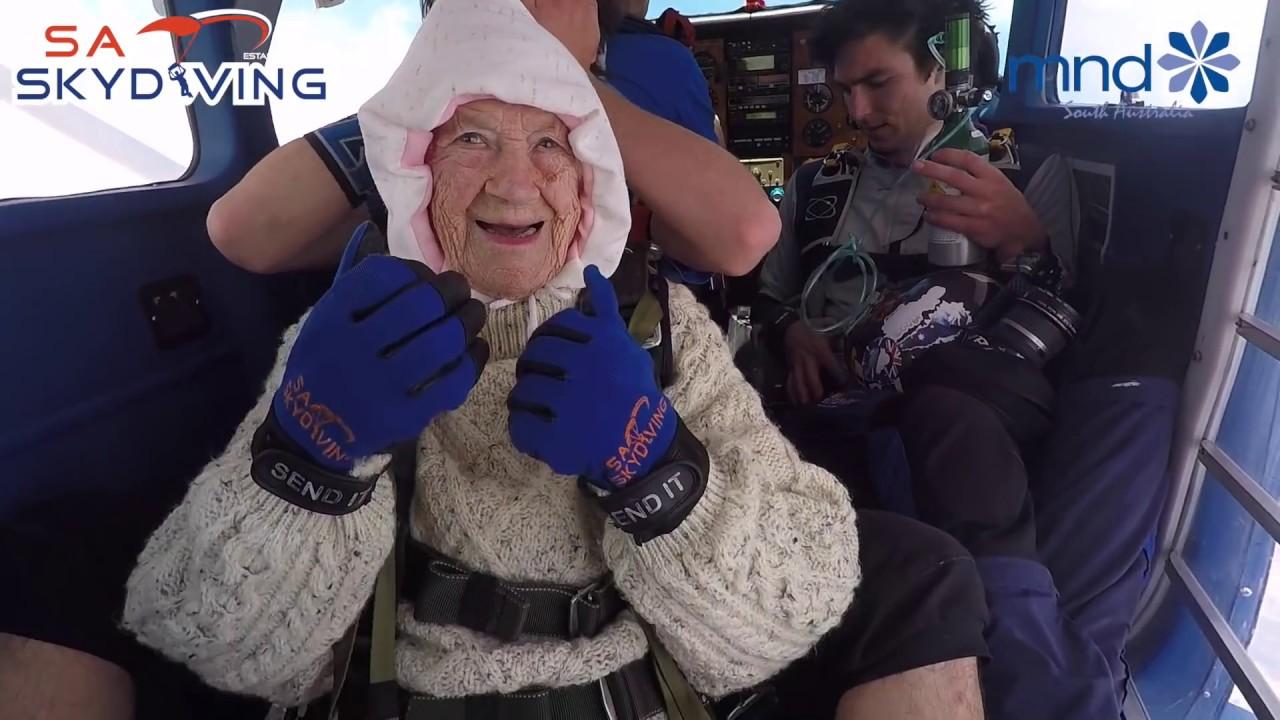 Oldest skydiver World Record Skydive - Irene O'Shea - SA Skydiving