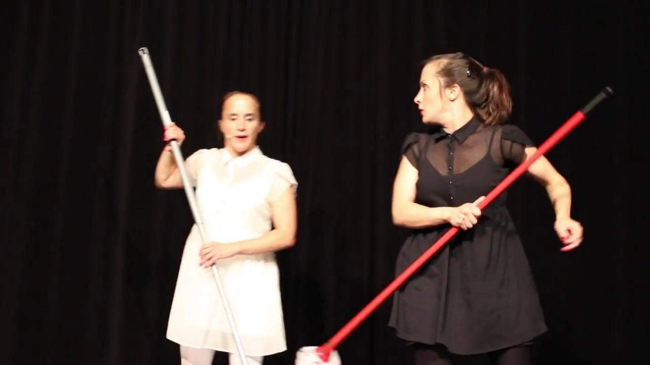 Lisa und Laura Goldfarb: Putztag im Waldorfkindergarten