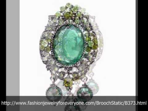 Oxidized Framed Olivine Lady Cameo Brooch Sparkling Peridot Crystals