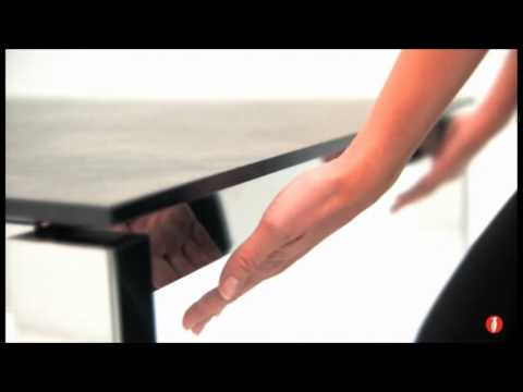 Calligaris baron extendable dining room table youtube for Calligaris baron