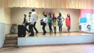 Вороновская средняя школа Клип На дискотеку в соседнее село 8 класс