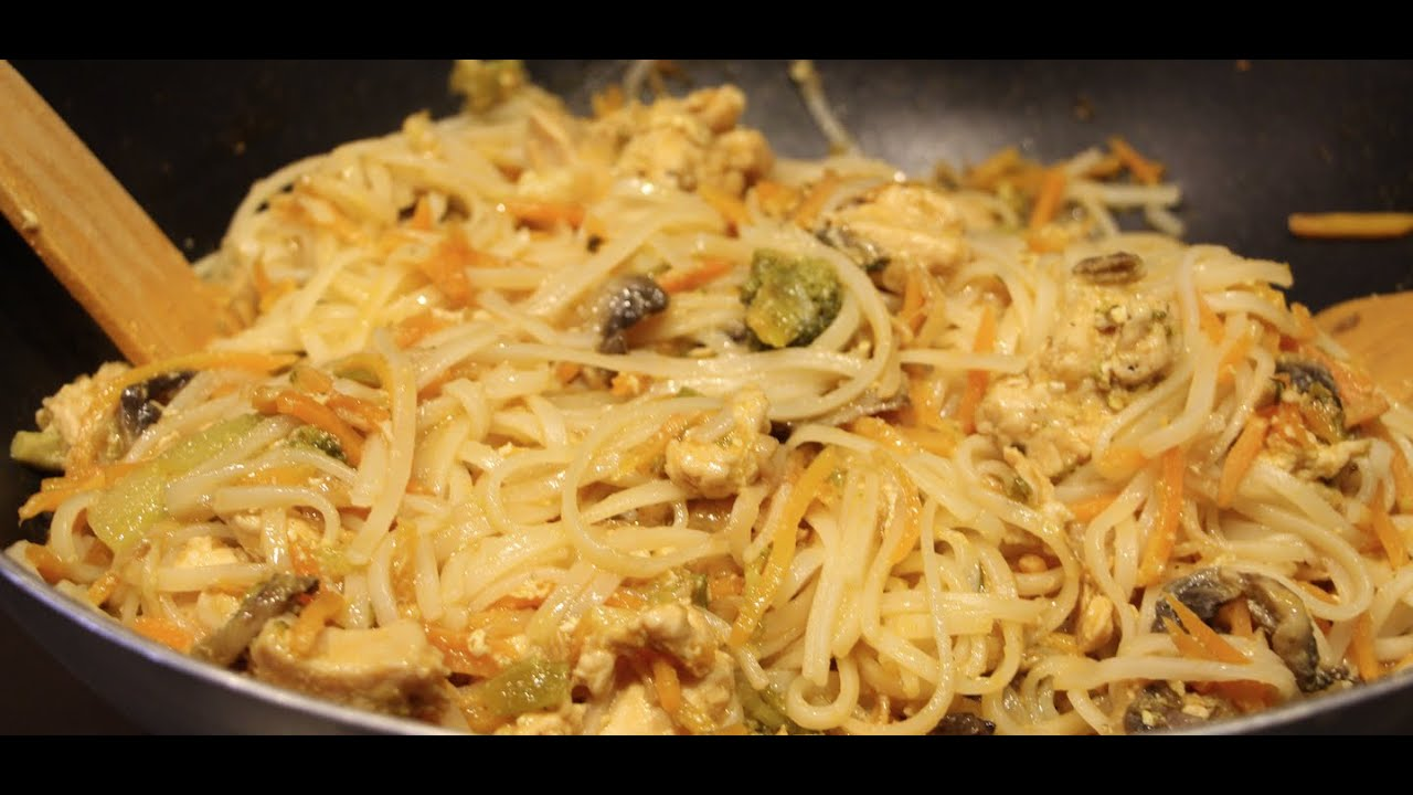 CHICKEN/THAI CHICKEN WITH RICE NOODLES RECIPE/ CHERYLS ...