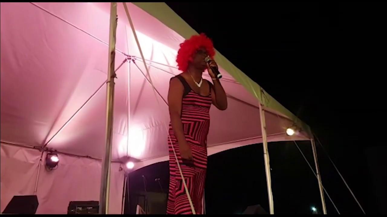 Scenes from Holetown Festival - Dauer: 3 Minuten, 14 Sekunden