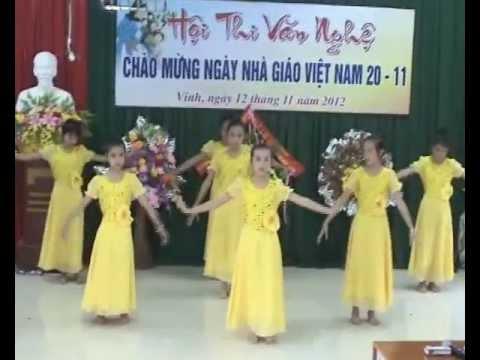 """Chào mừng 20/11 múa hát""""Thầy cô cho em mùa xuân"""" của lớp 6B Trường THCS Lê Lợi"""