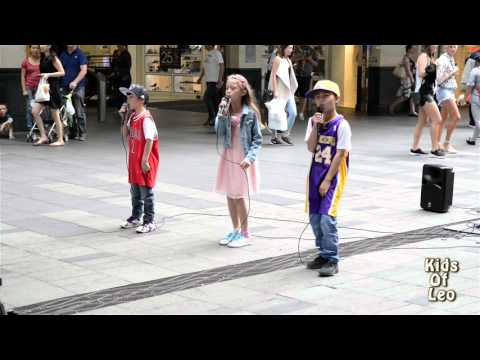 Justin Bieber-Love Yourself Kids Of Leo (Cover) Live At Pitt St Mall 19 March 2016