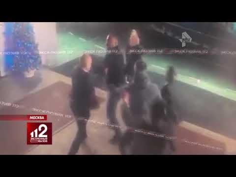"""Бизнесменов избили в """"Космосе""""! Видео!"""