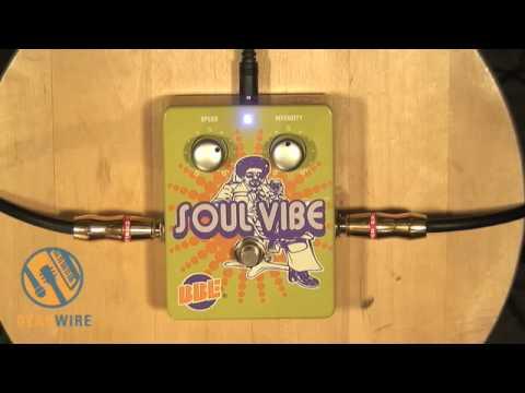 BBE Soul Vibe Rotary Speaker Emulator Pedal Demonstration