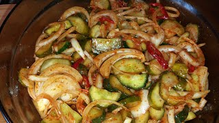 Пикантный салат из малосольных огурцов по - корейски