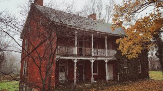 Beautiful RUSTIC ABANDONED House w/ A Very Unique Front Porch