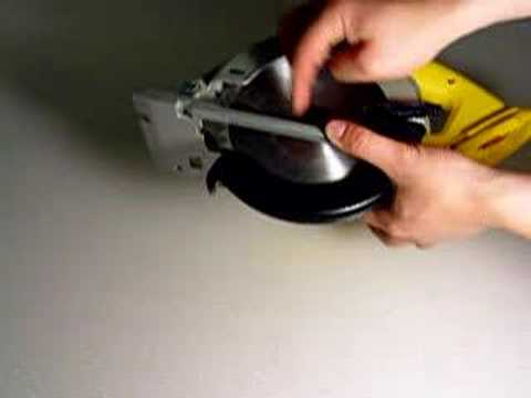 Changing blade on dewalt xrp cordless circular saw dc390 youtube changing blade on dewalt xrp cordless circular saw dc390 keyboard keysfo Images