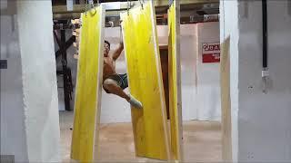 Rene Jr Casselly  Training  auf meinem DIY Ninja Warrior Parcour