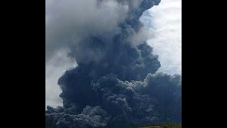 2015/09/14, 午前10時10分、阿蘇山に火口周辺警報(噴火警戒レベル3)が...