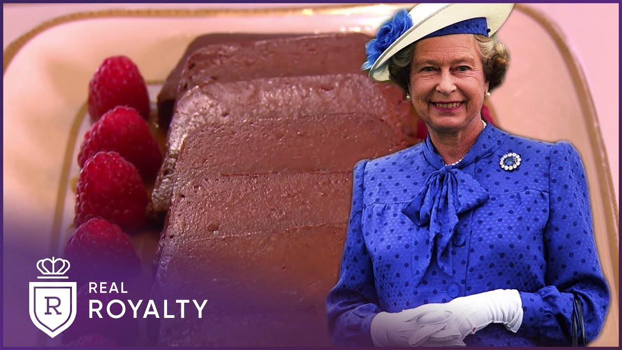 The Queen's Maltese Commonwealth Cake   Royal Recipes   Real Royalty