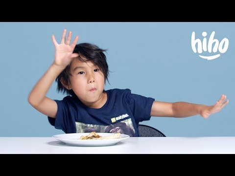 American Kids Try Turkish Food | Kids Try | HiHo Kids