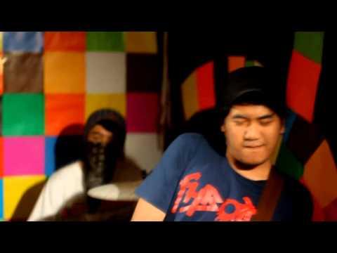 LOWDICK - KU BUKAN MATA KERANJANG (OFFICIAL MUSIC VIDEO)
