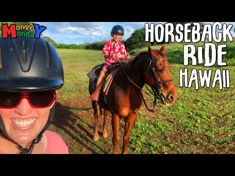 First Time Horseback Riding || Mommy Monday
