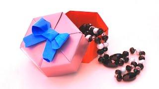 Оригами из бумаги | Шкатулка своими руками | Шестиугольная коробочка(Оригами из бумаги Шкатулка - прекрасная коробочка для подарка своими руками. В этом уроке я покажу, как..., 2016-08-28T08:55:01.000Z)