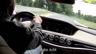 Niki Lauda (and special guest!) on the Nordschleife in the S-Class