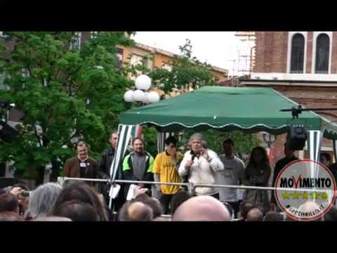 Beppe Grillo Sesto San Giovanni 20 Aprile 2012 #M5STour
