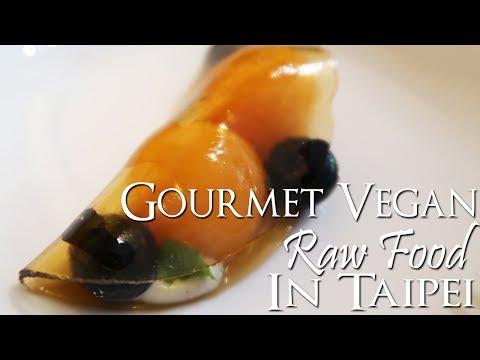 Gourmet Vegan Raw Food in Taipei 🌿🍽🍾