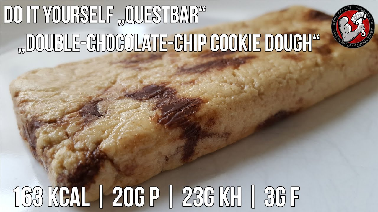 do it yourself questbar double chocolate chip cookie dough proteinriegel selber machen youtube. Black Bedroom Furniture Sets. Home Design Ideas