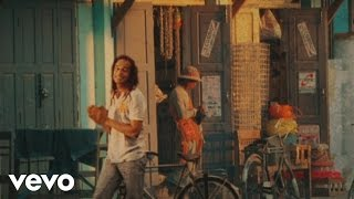 Yannick Noah - Destination ailleurs (Official Music Video)
