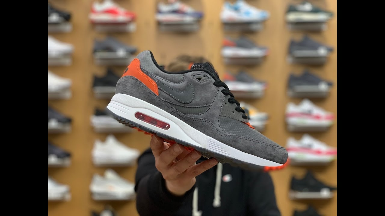 uk availability 86a9a dedce Air Max Light SIZE EXCLUSIVE   AIR MAX DAY   Anti Gravity   March GIVEAWAY
