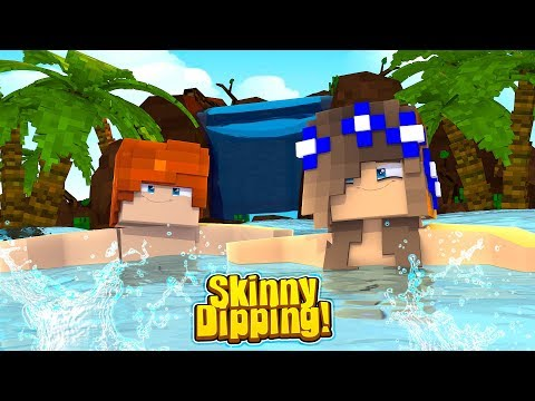 GOING SKINNY DIPPING WITH LITTLE LEO! w/Little Carly (Minecraft Roleplay).