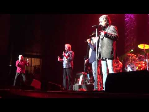 "Oak Ridge Boys, Erie,PA 5/15/16 ""Everyday"" and intro to show"
