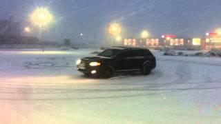 Первые пробы дрифта полный привод на снегу, Audi Allroad АКПП(Ссылки на нас в соц сетях: Вконтакте Алексей http://vk.com/crestorm Вконтакте Василий http://vk.com/id27950716 Драйв2 Ауди https://ww..., 2014-10-08T22:11:50.000Z)