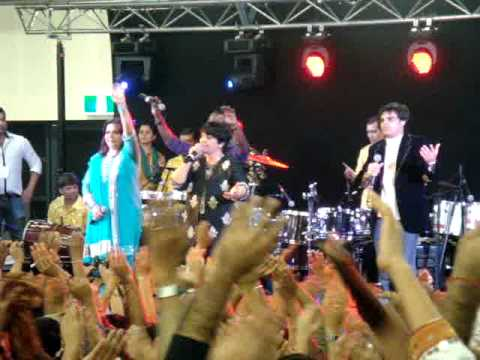 Sydney 2010 Garba With Falguni Pathak