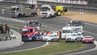 24 heures du Mans camions 2011 crash et best of