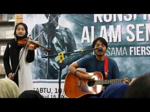 Fiersa Besari - Kau (Live at Gramedia Pandanaran, Semarang)