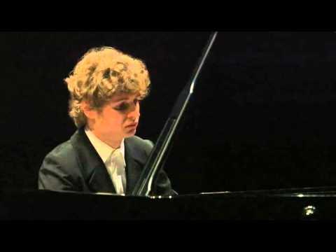 "BEETHOVEN ""Moonlight"" Sonata, P.3, Pavel Kolesnikov"