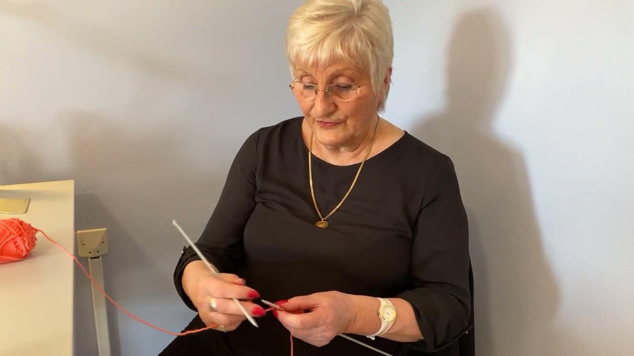 Download J'apprends à tricoter avec Renée
