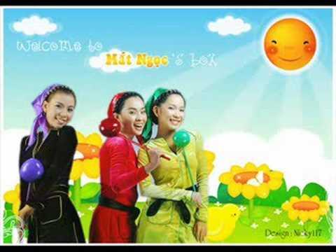 Buc Hoa Dong Que - nhom Mat Ngoc